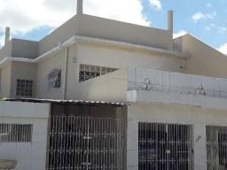 Casa 1° andar bem ampla no Bongi com 4 quartos