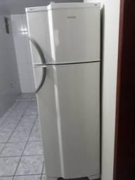 Vendo geladeira Dako frosfree fassa sua oferta