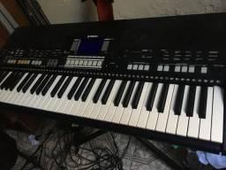 Yteclado yamaha psr S 550 + suporte stay para dois teclados