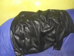 Vendo jaqueta de couro novinha ou Fasso jangadas