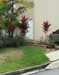 Duplex em Flores, atras da Nilton Lins, 01 suite, condomínio fechado com garagem
