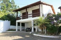 Casa em condomínio fechado no bairro Itaguaçu