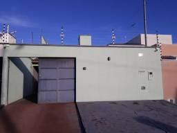 Casa no setor Waldir Lins