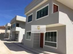 Casa tipo apartamento, terraço, a 150m da Rodovia, Rio das Ostras.