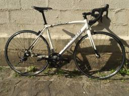 Bicicleta Speed Specialized Allez 54? Transmissão Shimano 105