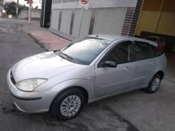 Ford / Focus Hatch 1.6 8v - 2005