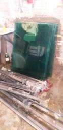 Guarda corpo inox quadrado Blindex com vidros verdes 12 metros