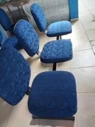 Cadeiras tripla
