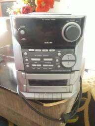Vendo um rádio toca CD CCE