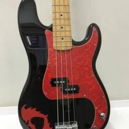 Baixo Fender 1074 - Squier Pete Wentz