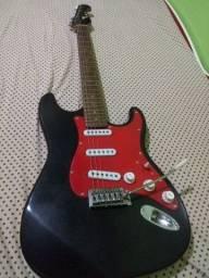 Vendo guitarra Eagle strato ou troco em violão elétrico