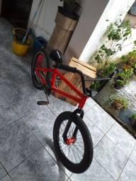 Bicicleta bmx de manobras