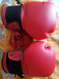 Luvas de Muay Thai Outshock + bandagem Outshock (1 mês de uso)