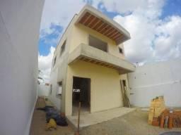 Duplex 03 q. em Maracanaú