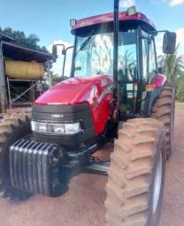 Trator Farmall 95 Ano 2013 4950 horas (entrada 17 mil)