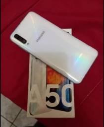 Samsung A50 128GB 4GB Ram Biometria Na Tela, Câmera Tripla Muito Conservado <br>Por 1100,00