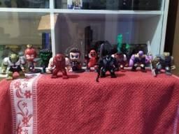 Título do anúncio: action figures vigadores e big legos !!!!