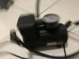 Mini compressor de ar veicular