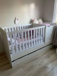 Berço cama bebê com cama auxiliar gaveteiro