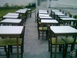 Título do anúncio: mesas e cadeiras, para doaçao.