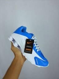 Título do anúncio: Tenis Nike shox R4 molas masculino