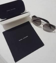 Óculos de Sol Importao Original Seminovo 400,00 Retirar em Piedade