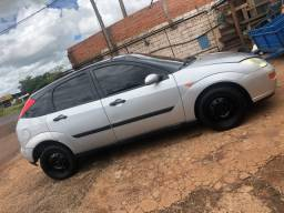 Ford Focus 1.8 2002/2003 Completo