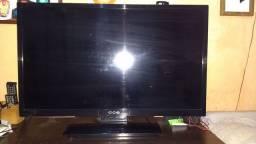 Título do anúncio: Vendo tv com defeito da CCE