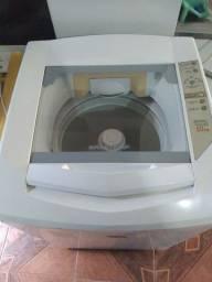 Título do anúncio: Vende-se essa máquina de lavar roupa  de 10kl