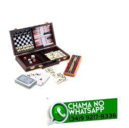 Título do anúncio: Maleta Kit 6 Jogos Dama Xadrez Dominó Etc