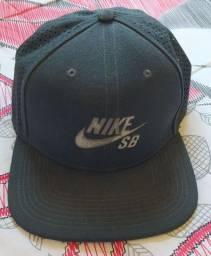 Boné Nike SB