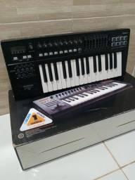 Título do anúncio: Teclado Controlador- Roland A300pro
