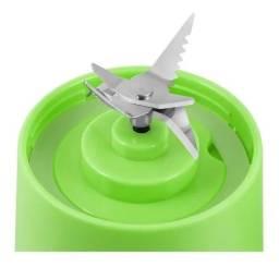 Mini Liquidificador Portatil Recarregavel Usb 5v 6 Lâminas