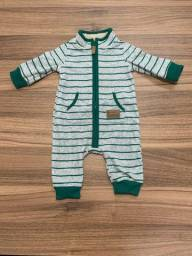 Título do anúncio: Macacão Fleece Carters tamanho 3 meses