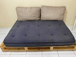 Título do anúncio: Sofa Cama Pallet Espuma Dupla Confortável Feito a Mão