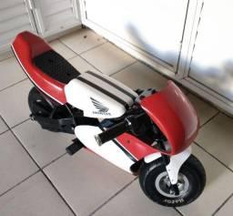 Título do anúncio: Mini moto infantil eletrônica Razor