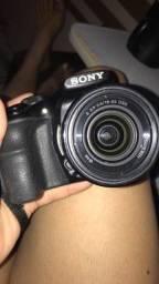 Câmera Semi- Profissional Sony