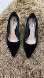 Sapatos Arezzo, Santé e Constance
