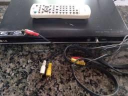 Título do anúncio: Desapegando de aparelho de DVD + controle
