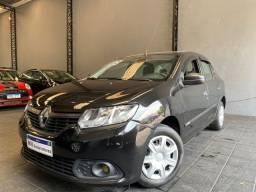 Título do anúncio: Renault Logan Authentique 1.0 2019 preto baixa km completo