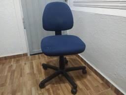 Título do anúncio: Cadeira Escritório Azul