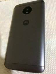Moto E4 plus 16 gb Bem inteirinho tudo ok