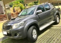 Toyota Hilux Único Dono 4x4 - 2011