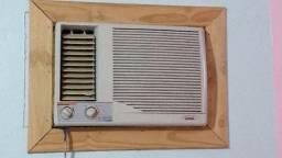 Ar Consul Air Master 7500 quente/frio, entrego