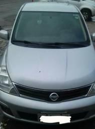 TIIDA Nissan - 2011