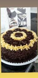 Tenho de bolo de chocolate 20 pessoas