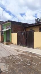 Casa e ponto comercial em Camela Ip