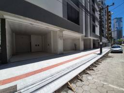 Sala nova 35 m², no centro de Balneario Camboriú, perto da Av. Central