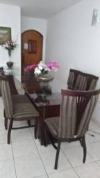 Mesa de jantar em mogno com 6 cadeiras