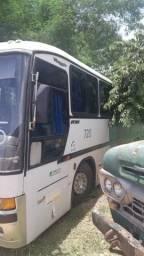 Ônibus o400 para retiradas de peças
